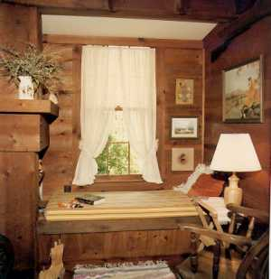 Country Bedroom Ideas on Country Home Plans By Natalie   Fireplace Window Seat